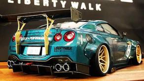 店頭展示中モデル「アオシマ1/24 liberty walk NISSAN GT-R R35」完成品のご紹介!
