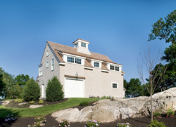 Wild Apple Homes - Ocean Front Villa
