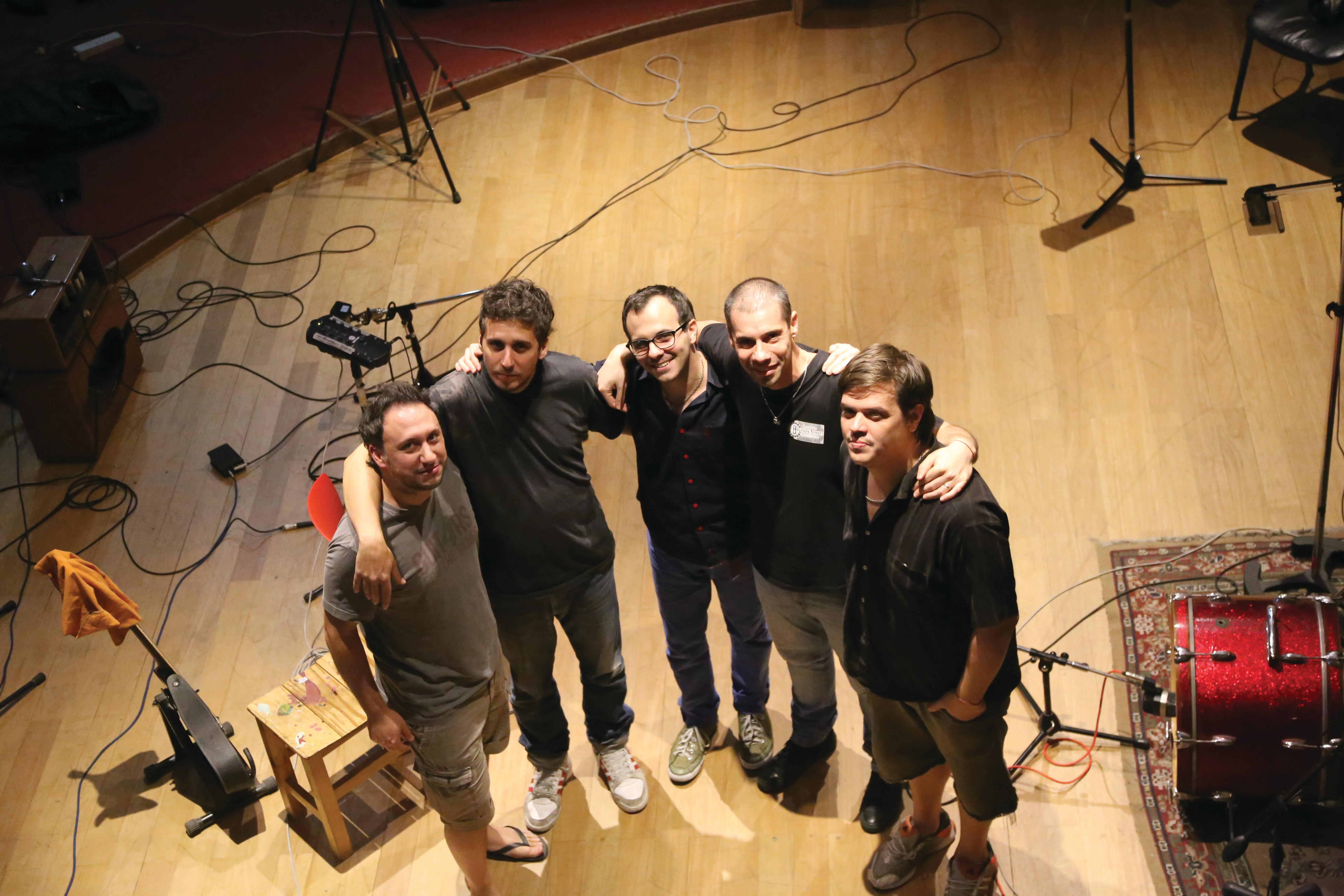Mariano,Rulo,Dani,Cesar,Pato (bue)