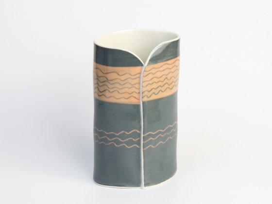Fâs Hirgron - Oval Vase