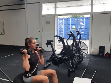 L'adaptation du CrossFit pour les personnes blessées : l'importance de rester actif