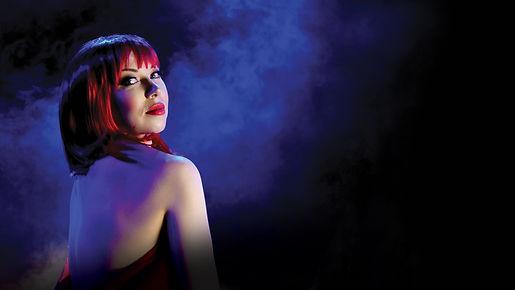 Closer Teatteri Musta Aukko kuva Helena