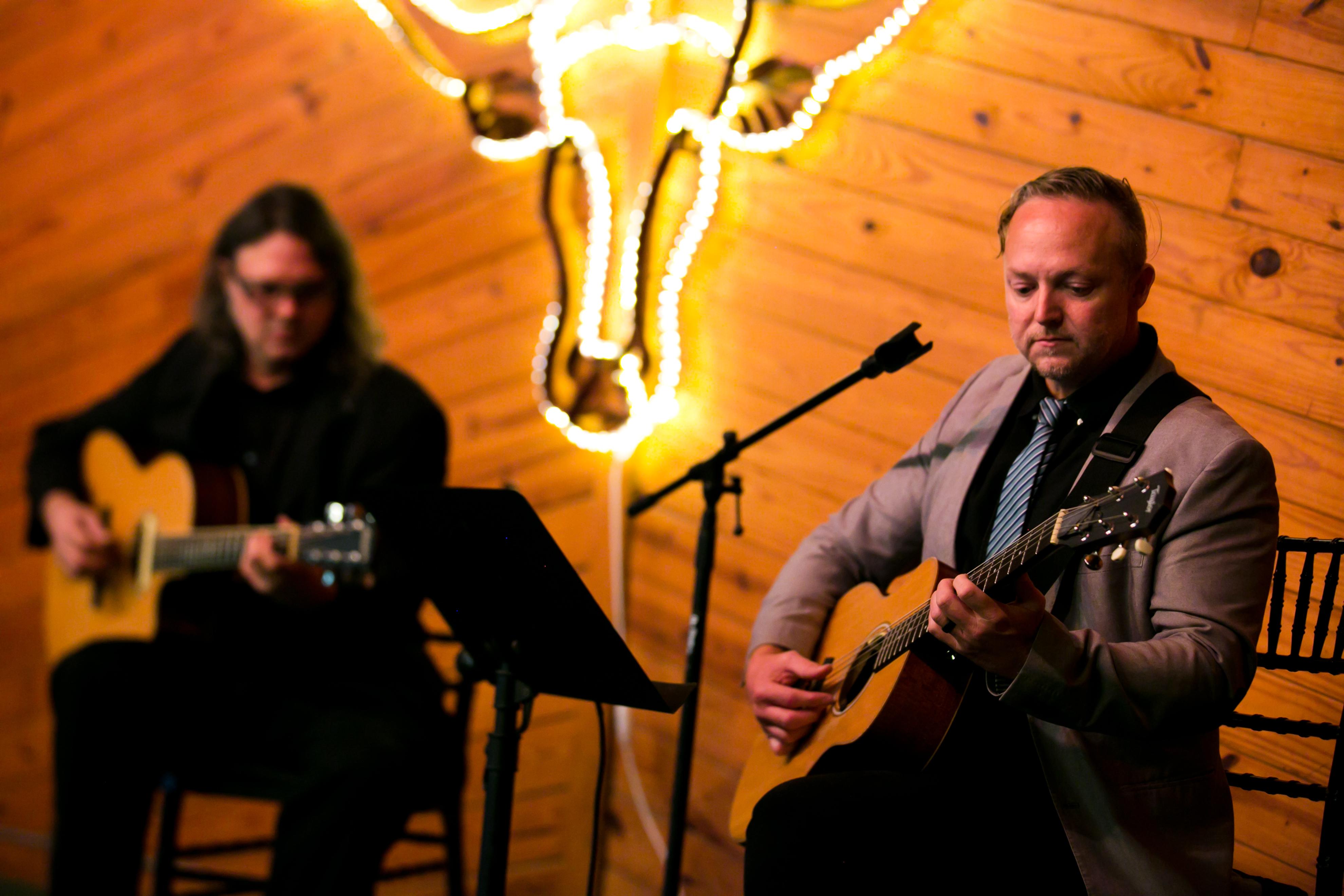 Acoustic-Duet-at-TX-Event-Venue