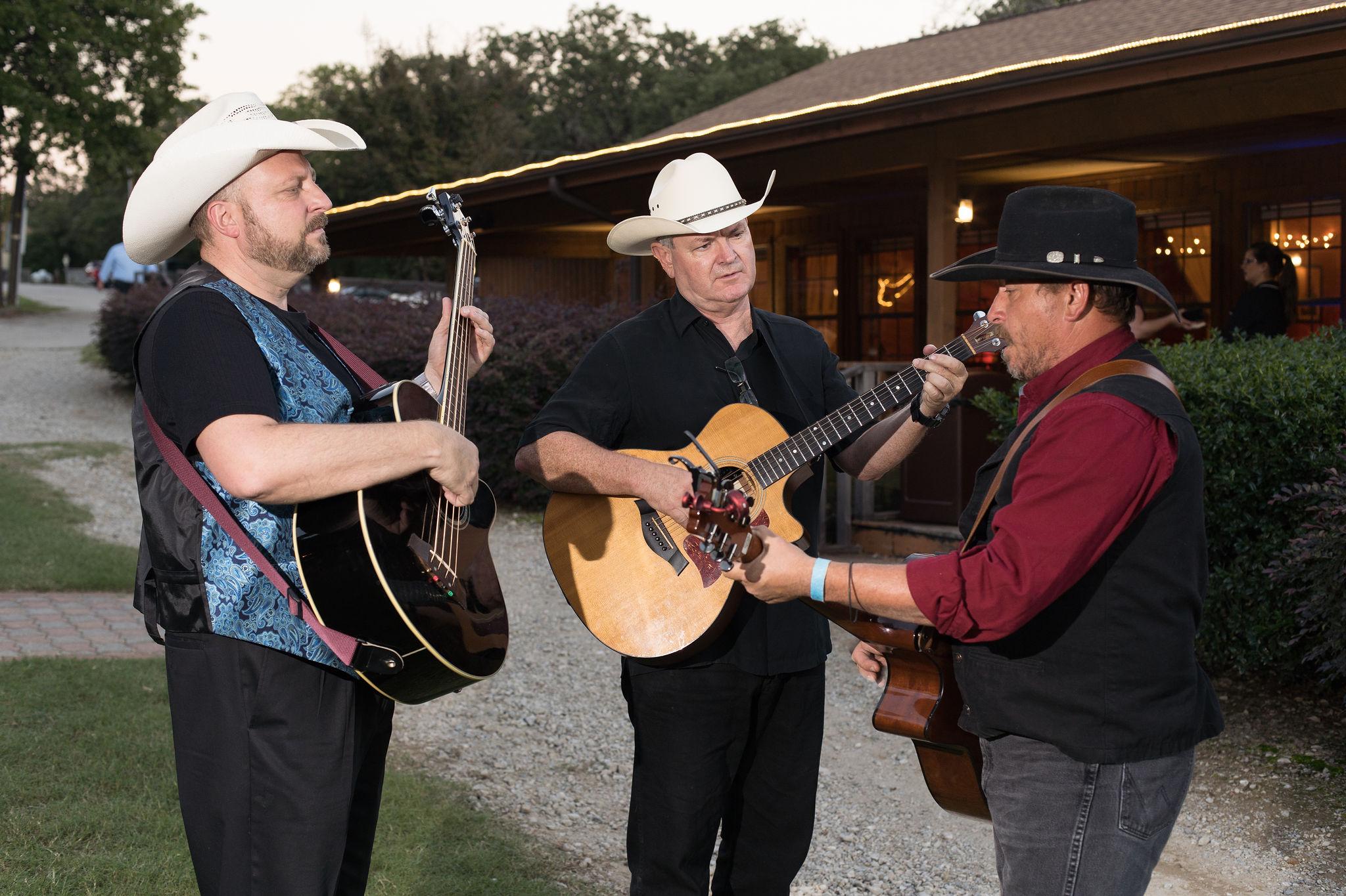Acoustic-Trio-at-TX-Event-Venue