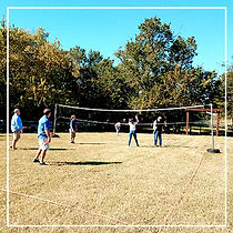 Recreation-Grass-Volleybal-at-Chisholm-C