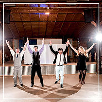 Guests-Dancing-in-Front-of-Stage-at-Circ