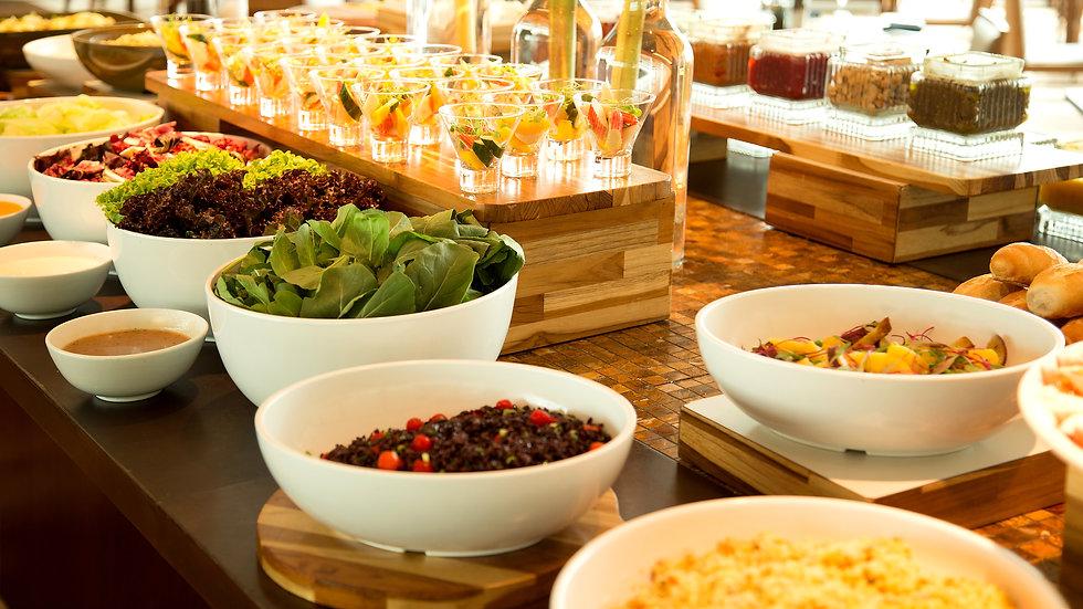Almoço no restaurante Terraço Jardins