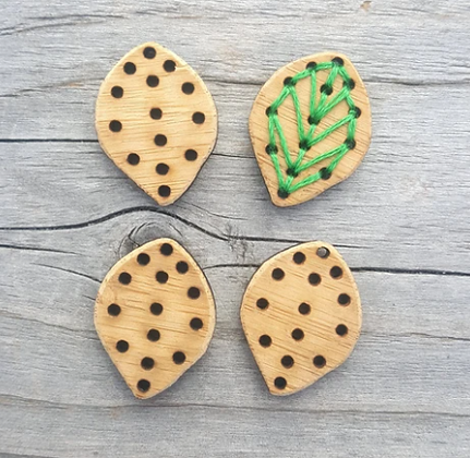 Stitchable leaf buttons - Set of four
