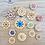 Thumbnail: Stitchable flower buttons - Set of four