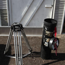 Ronford heavy duty tripod with spreaders - $1000