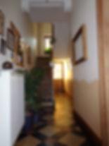 Hall d'entrée au jardin calme