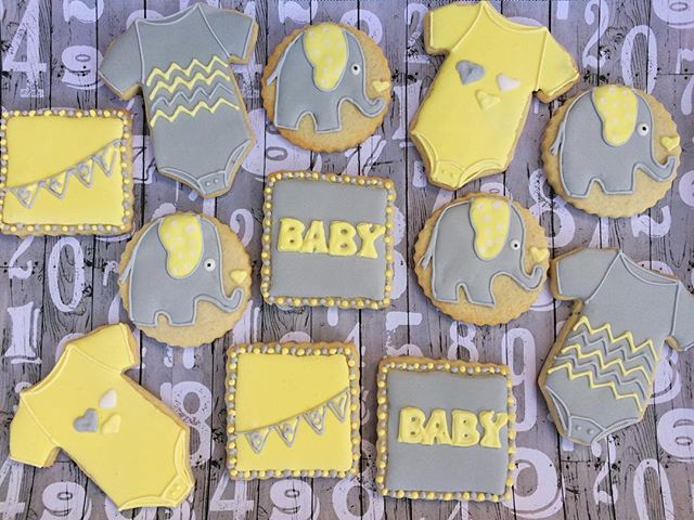 Adorable elephant baby shower cookies.jpg