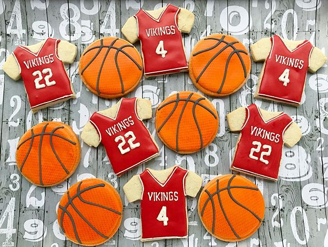 Congrats 💫to the Vikings for winning the NC State Basketball 🏀Championship! ._._