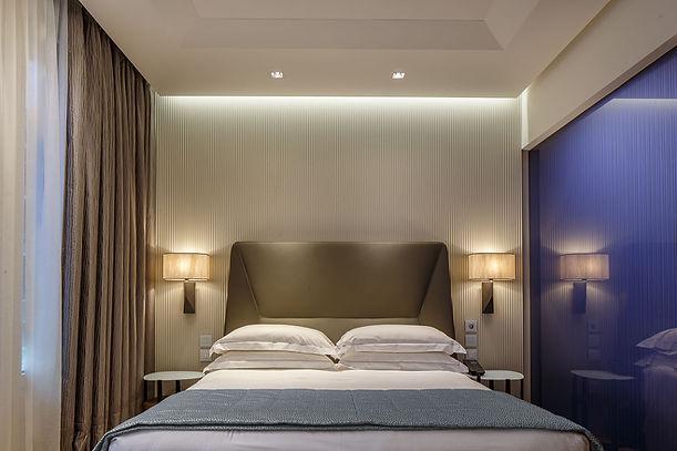 Hotel Cavour-1 copia.jpg