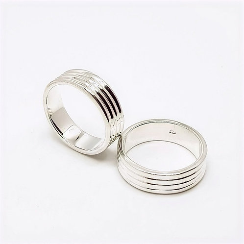 Sterling Silver Ribbed Band Ring Simplicity Series