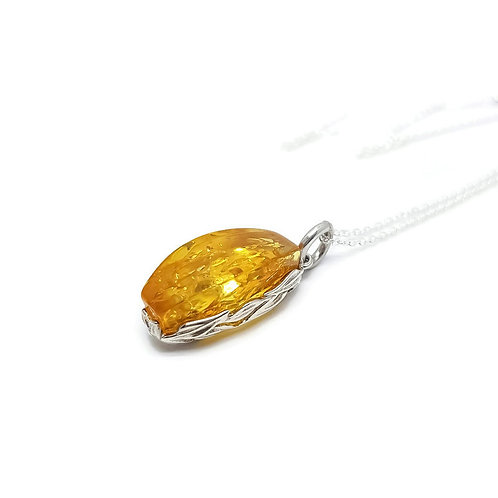 Sterling Silver Lemon Baltic Amber Pendant and Chain
