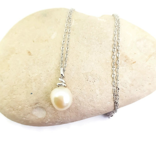 Sterling Silver Ivory Baroque Pearl Necklace