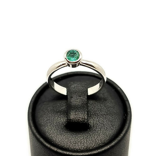 Sterling Silver Emerald Bezel Set Solitaire Ring