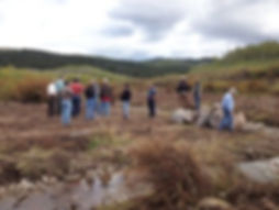Fall-2013-Fieldtrip-Participants-Inspect