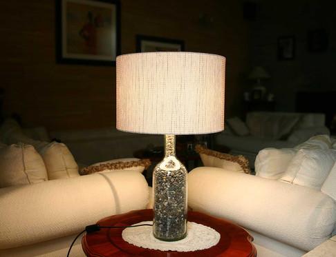 Lámpara de Mesa tipo Botellón