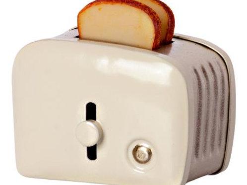 Winter 2021 Maileg Miniature Toaster: Pre-Order
