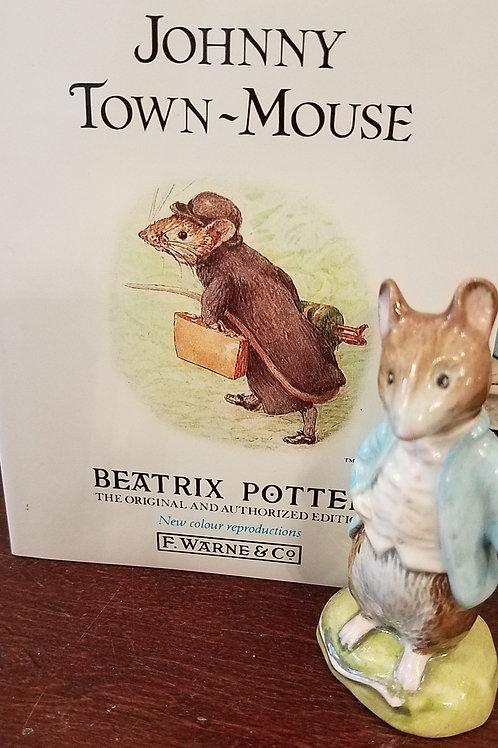 Johnny Town-Mouse: Beatrix Potter Figurine BP-3c