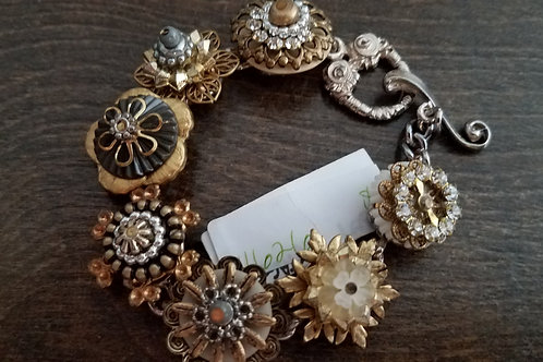 Dimensional Gold Flower Charm bracelet- only one