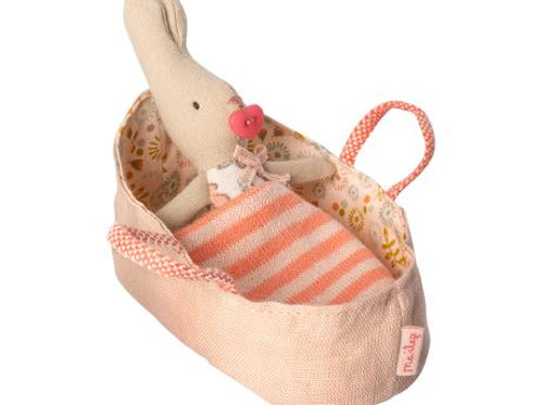 My Rabbit in Rose Carry Cot