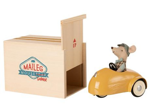 Maileg  Mouse Yellow Car with Garage, Winter 2020 Collection