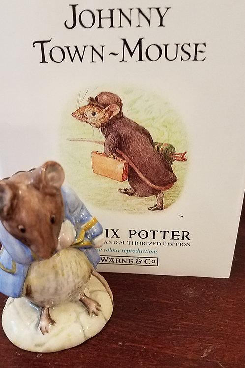 Gentleman Mouse Made a Bow, Beatrix Potter Figurine BP6