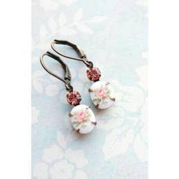 Vintage Romantic Cameo Flower Earrings
