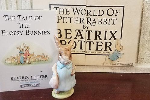 Mrs. Flopsy Bunny: Beatrix Potter Figurine BP-11
