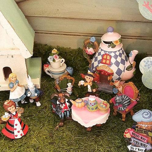 Alice in Wonderland Gift Set