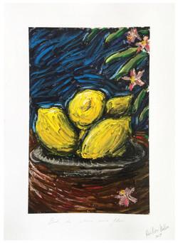 « Bol de citron avec fleurs »