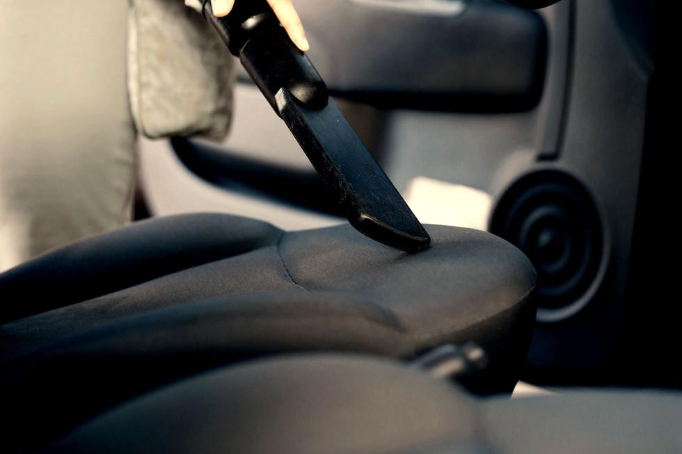 CarWash_Saugen01_shutterstock_223057864.