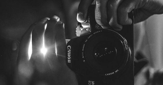 camera-black-canon-dslr-camera-937627_ed