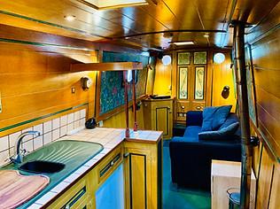 Narrowboat Ballinger - Galley & Saloon
