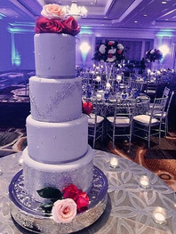 Blue-grey%20and%20silver%20themed%20cake