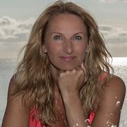 Christin Sommer_edited.png