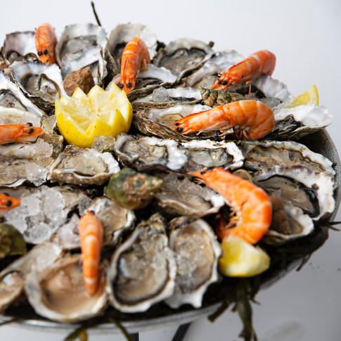 Plâteau d'huîtres et de crevettes