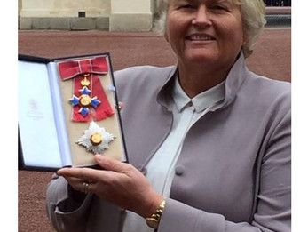 SURREY'S DAME LAURA DAVIES TO BE INDUCTED INTO WORLD GOLF HALL OF FAME