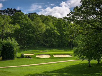 NOMINATE A LOCAL HERO FOR A FREE FAMILY MEMBERSHIP AT CRANLEIGH GOLF & COUNTRY CLUB