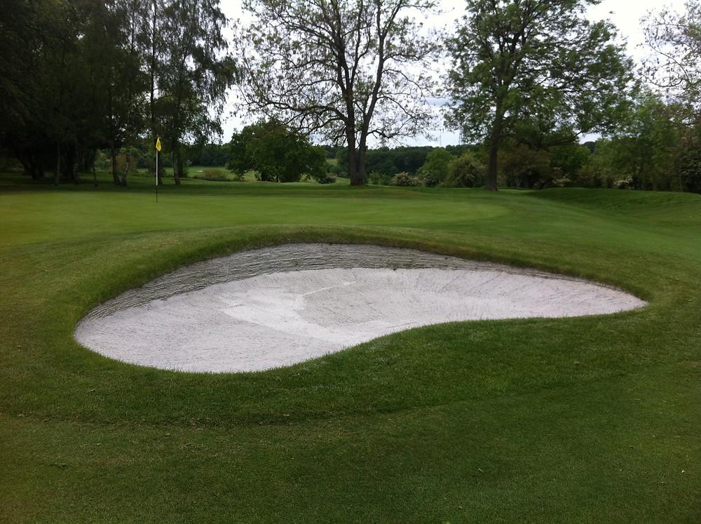 Royal Winchester 16th hole.jpg