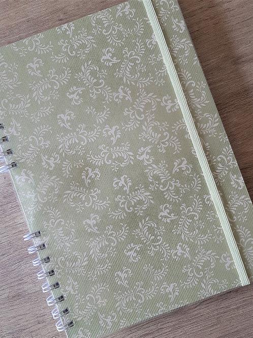 Caderno_universitario_A4_arabescos_verde_1
