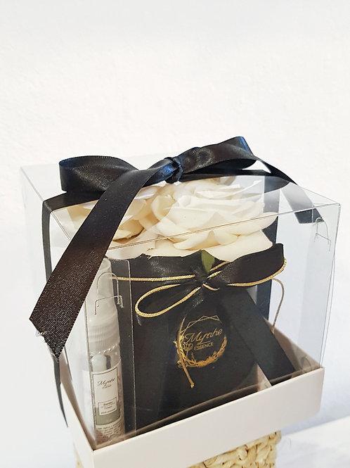 MINI+FLOWER+BOX+PRETA+ROSAS+AMARELAS