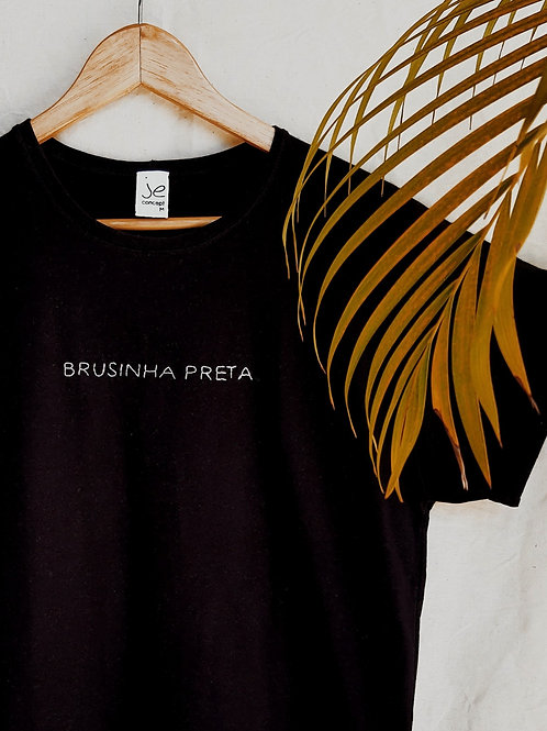 TSHIRT BORDADA BRUSINHA