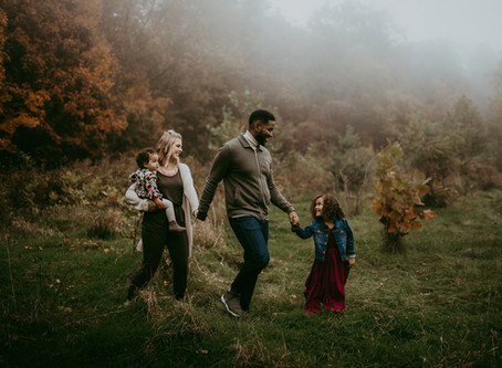 Here Are 3 Family Photographers You'll Love