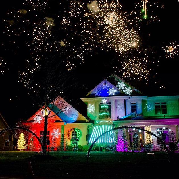 8 Christmas Lights Displays Around Milwaukee