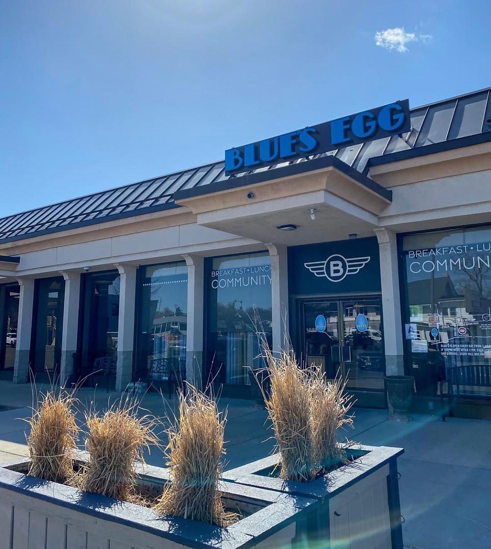 Blues Egg Restaurant Brunch Milwaukee