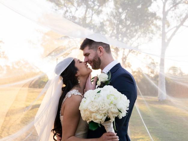 10 Wedding Photography Tips